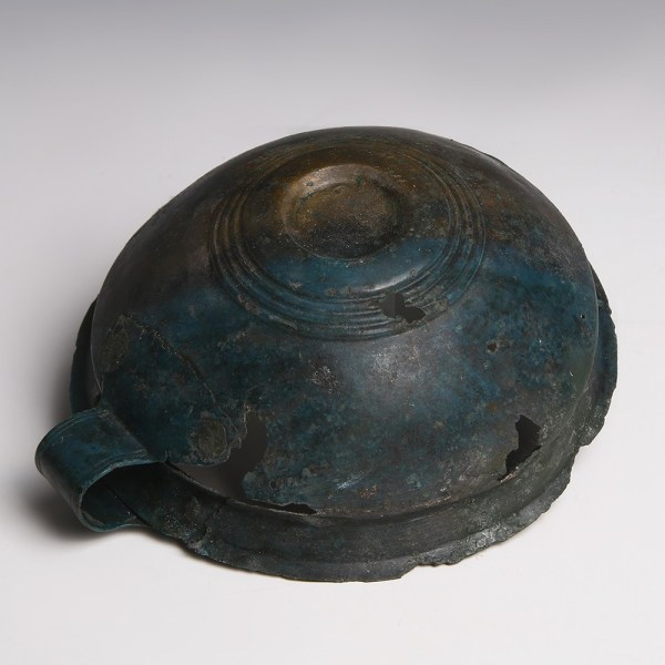 Late Bronze Age Ribbed Cup