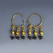Roman Gold Hoop Earrings with Garnet Beads