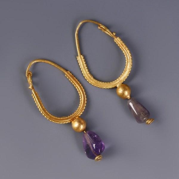 Roman Gold Earrings with Amethyst