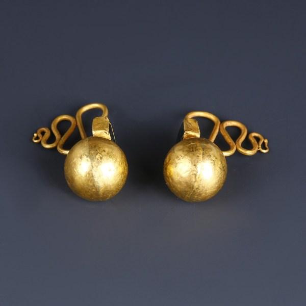 Greek Earrings with Green Garnet