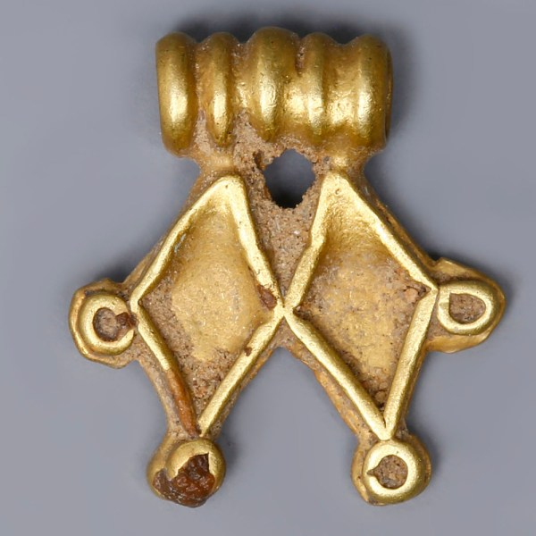 Near Eastern-Western Asiatic Gold Pendant with Rhombi Motif