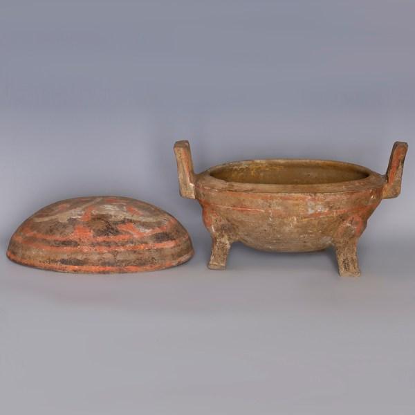 Western Han Painted Terracotta Tripod