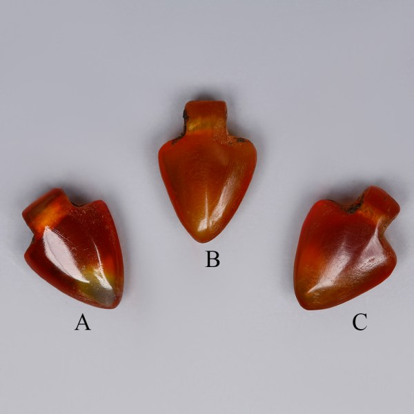 egyptian carnelian heart amulets 1