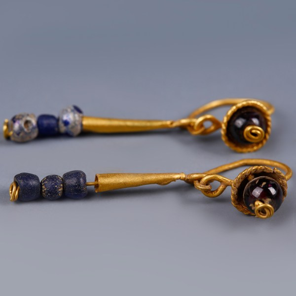 Pair of Roman Gold Earrings with Garnet and Blue Glass Beads