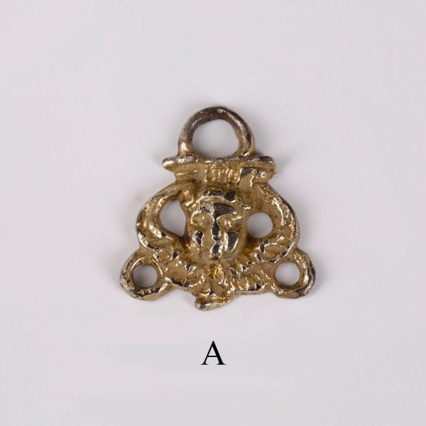selection-of silver-tudor-clothing-eye-fastners-3