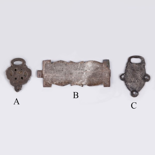 selection-of-fine-tudor-silver-fastenings 2