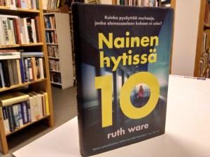 Ware, Ruth - Nainen hytissä 10