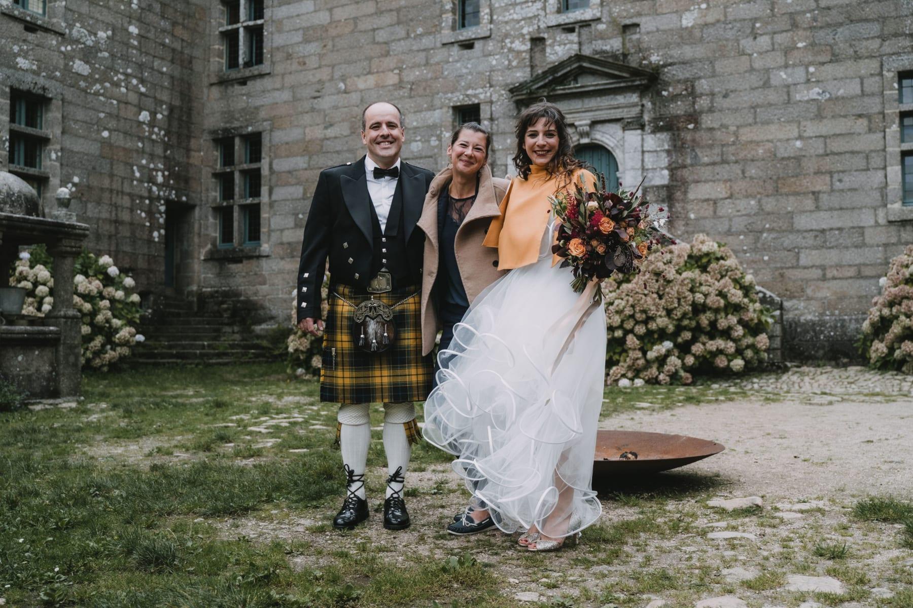Mariage en kilt au château de Kergroadez avec Calypso events wedding planner