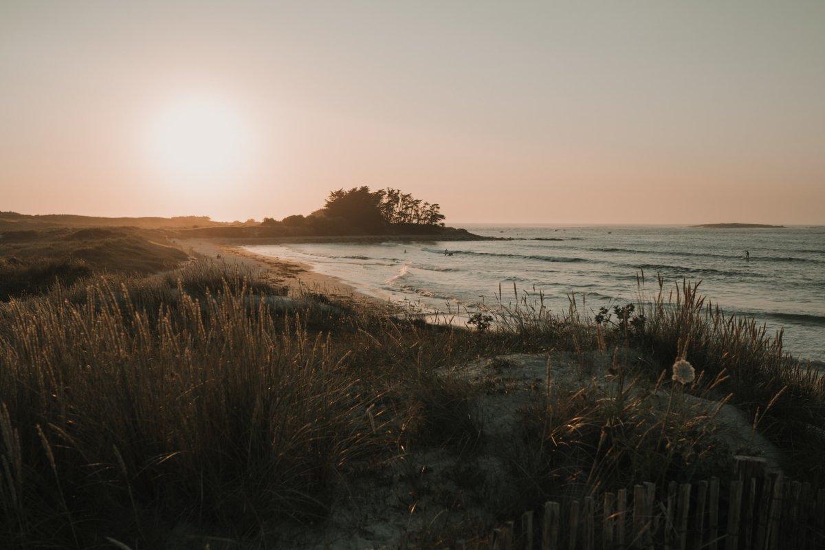 photo de plage paysage marin sur la plage à Lampaul Ploudalmézeau dans le finistère en bretagne
