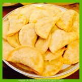 antojitos-dominicanos-empanadas-de-harina