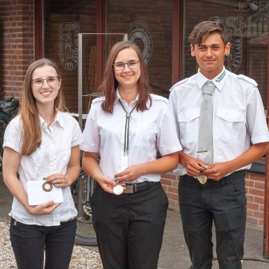 Sieger Jugend – v.l.n.r.: Yvonne Hendricks, Susanne Berretz, Tobias Langenhuizen