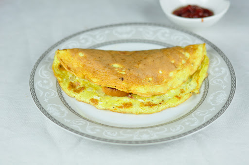 BREAD OMELETTE WITH VEGETABLES IN 10 MINS