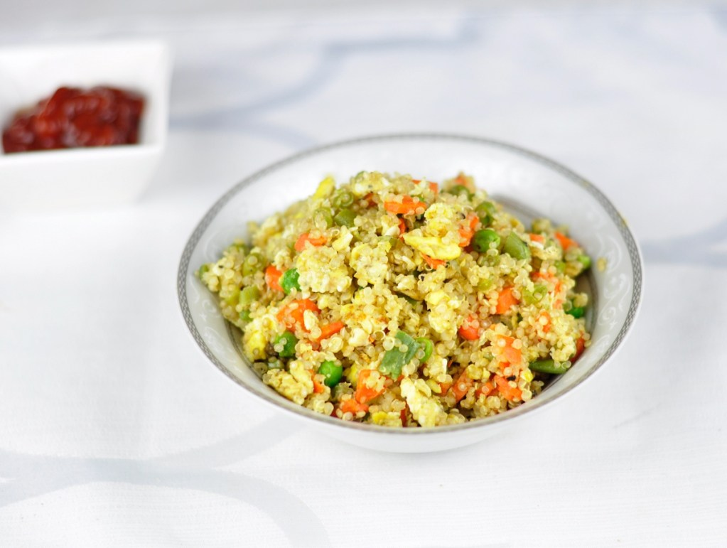 QUINOA FRIED RICE – A HEALTHY DINNER IN 30 MINS