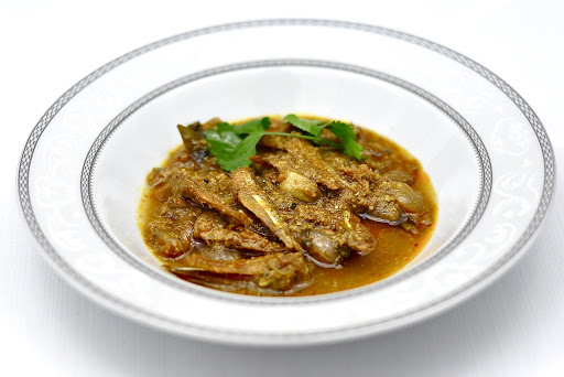 dry anchovy curry