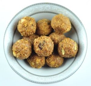 Churma Ladoo Recipe