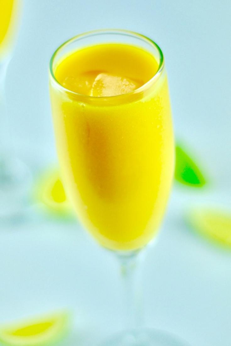 peach cocktail