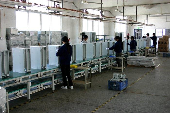 通讯机箱生产线