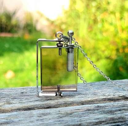 Pendentif diffuseur de parfum Louis en Quartz Fumé et Argent