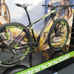 1. 2015 CANNONDALE F-Si Carbon Team