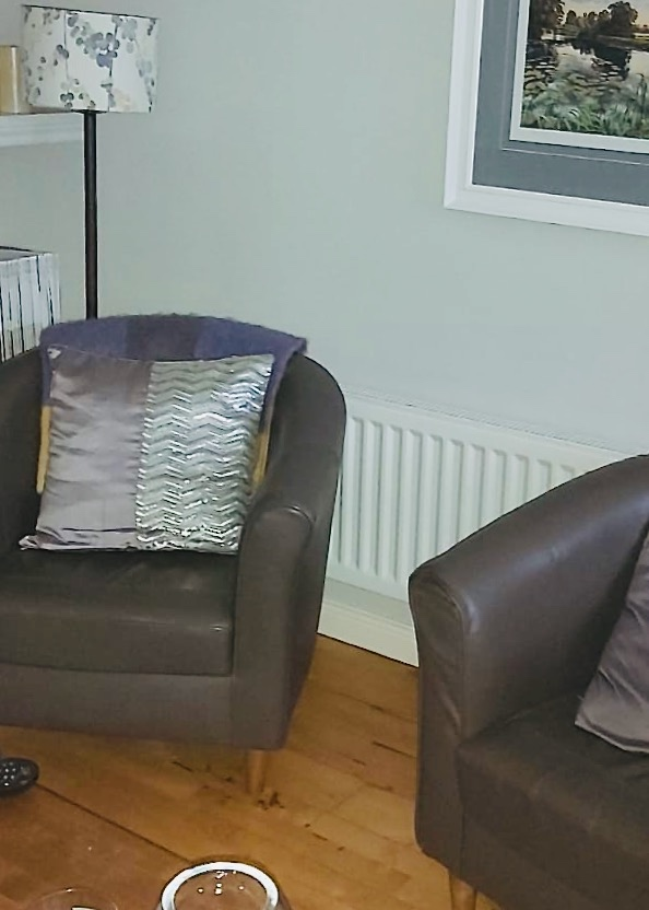 my own 2 chairs and lamp