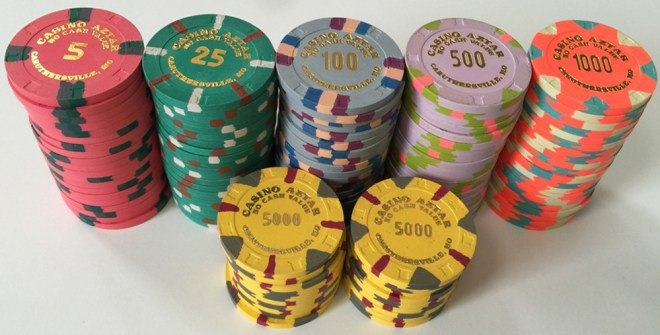 Aztar Poker Chip Set