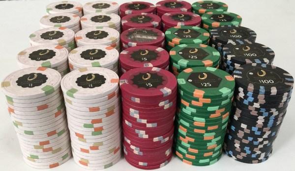 Horseshoe Cleveland Casino Paulson Poker Chip Set
