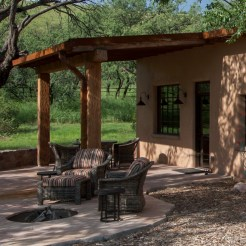 ranch_cabin_exterior