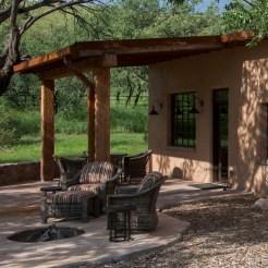 ranch_cabin_exterior