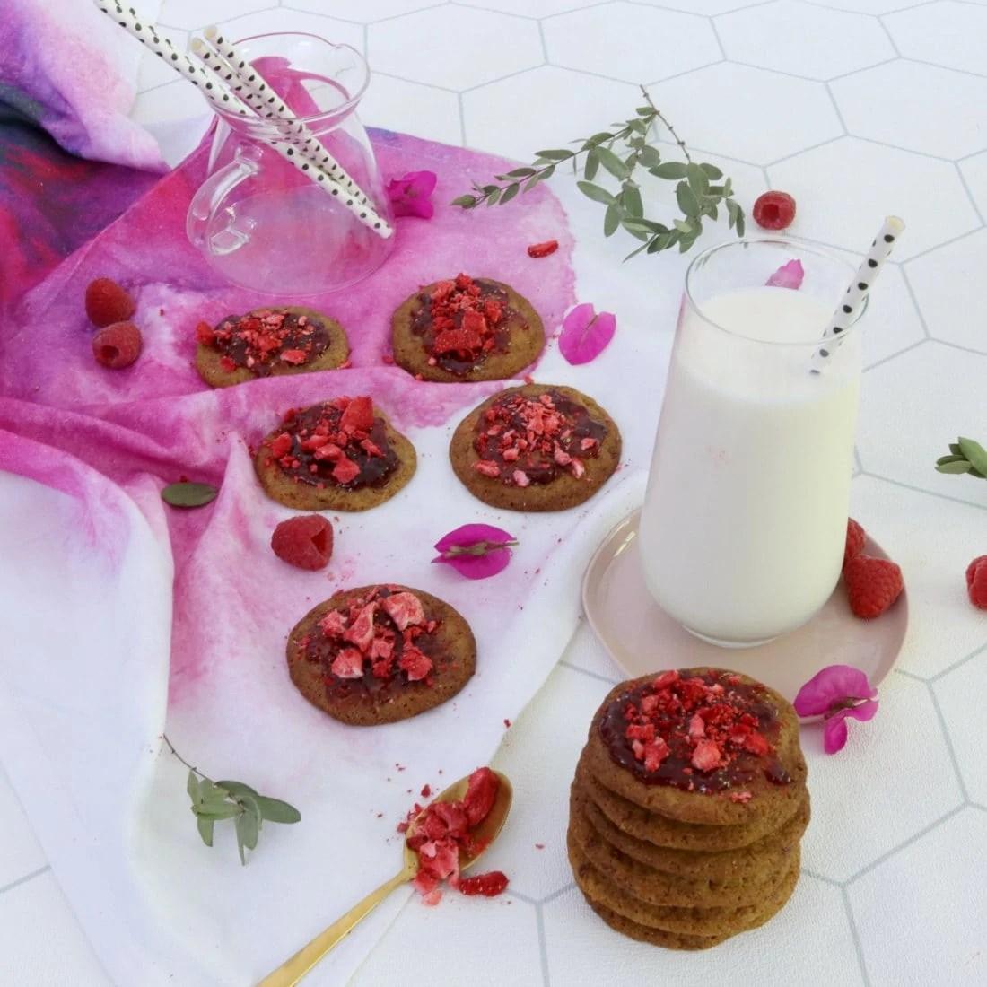 Cookies Cacahuètes, Framboises (Raspberry Peanut Cookies)