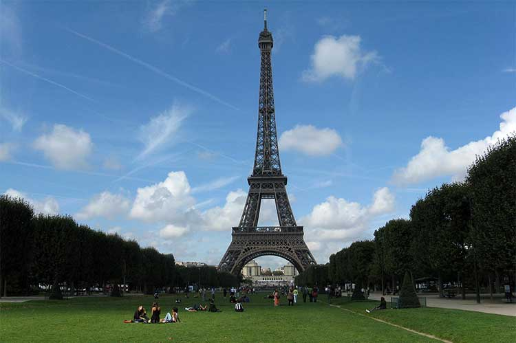 But not everyone can make it to france to see the historic b. Paris City Tour - A Paris Travel