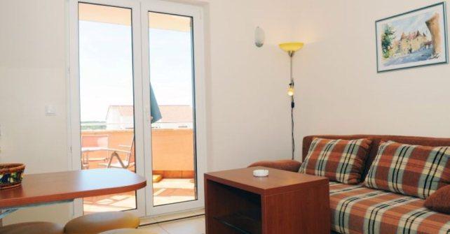 Apartman 2 (A-2+2)