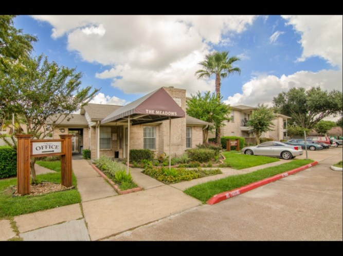 Apartments At Meadows On Blue Bell Houston