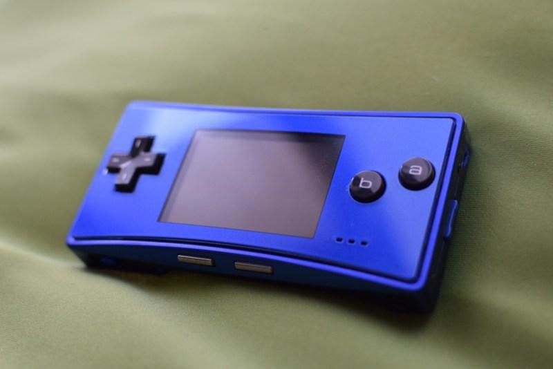 ゲームボーイミクロ[ブルー・海外仕様]を買いました