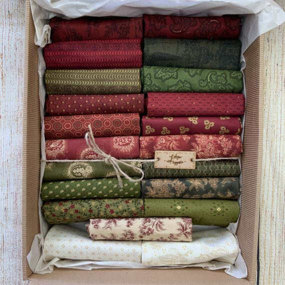 Box Farmhouse Christmas by Kim Diehl