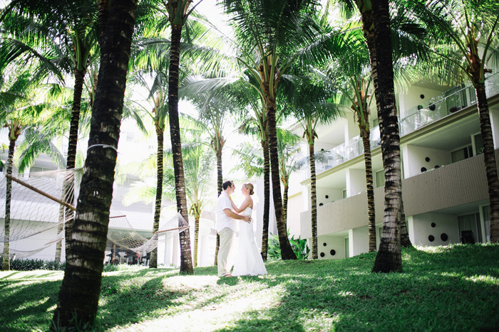 Postwedding in W Hotels Bali - Bali Wedding Photography - Apel Photography - Prewedding in Bali - Potrait - Wedding Photographers (1)