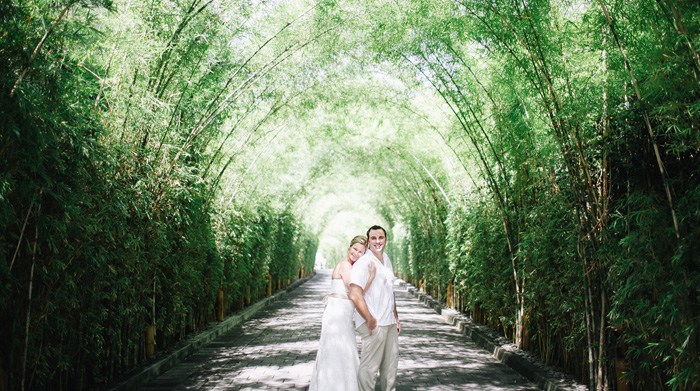 Postwedding in W Hotels Bali - Bali Wedding Photography - Apel Photography - Prewedding in Bali - Potrait - Wedding Photographers (19)