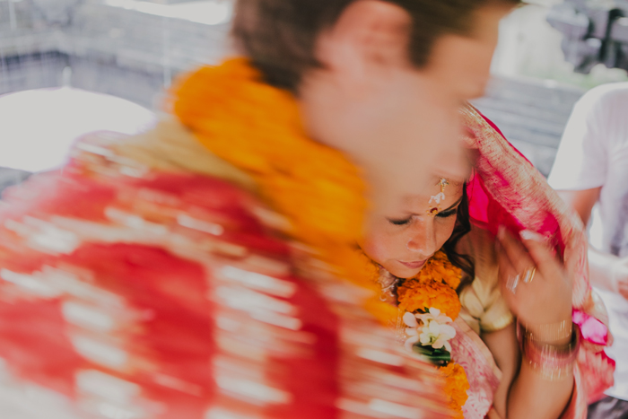 BaliWeddingPhotography - Wedding at Whotels - WRetreatandSpaBali - apel photography - indian ceremony hindus - photographers based in bali (16)
