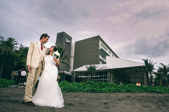 BaliWeddingPhotography - Wedding at Whotels - WRetreatandSpaBali - apel photography - indian ceremony hindus - photographers based in bali (41)