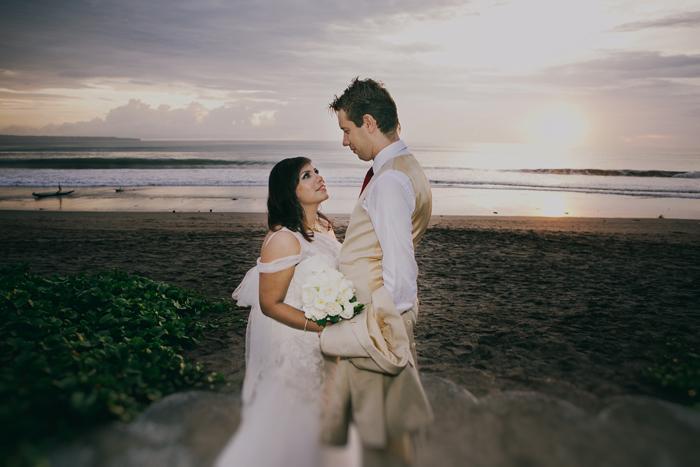BaliWeddingPhotography - Wedding at Whotels - WRetreatandSpaBali - apel photography - indian ceremony hindus - photographers based in bali (43)