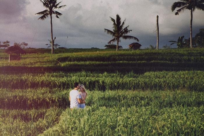 apelphotography - baliphotographers - weddingphotographers - honeymoonphotoinbali - postweddinginbali - baliweddingphotography (12)