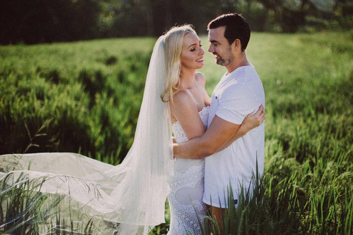 apelphotography - baliphotographers - weddingphotographers - honeymoonphotoinbali - postweddinginbali - baliweddingphotography (6)