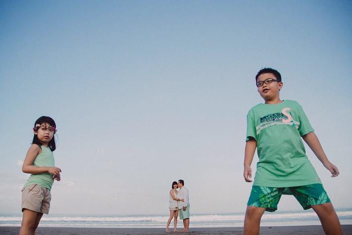 Familyphotography - familyportrait - baliphotography - baliphotographers - familyphoto (22)