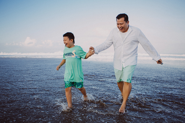 Familyphotography - familyportrait - baliphotography - baliphotographers - familyphoto (7)