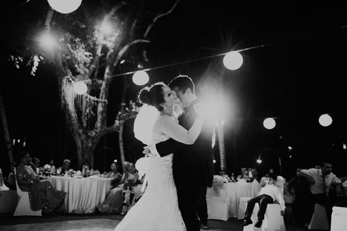 Baliweddingphotographers - baliwedding - conradbaliwedding - InfinityChapel-weddingphotography - baliphotographer - lembonganphotography (86)