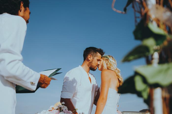 Apelphotography-NewKutaGolfWedding-Baliwedding-Bestweddingphotographers-Pandeheryana-BaliBeachWedding (33)