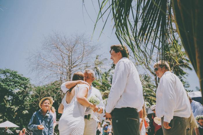 baliweddingphoto – weddingphotographers – destinationweddingbali – whitesandwedding – campuhanvillawedding – bestweddingphotographers (34)