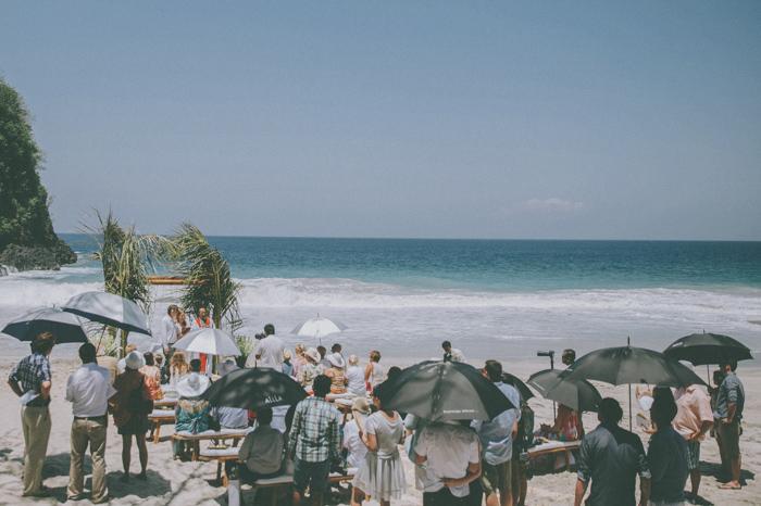 baliweddingphoto – weddingphotographers – destinationweddingbali – whitesandwedding – campuhanvillawedding – bestweddingphotographers (37)