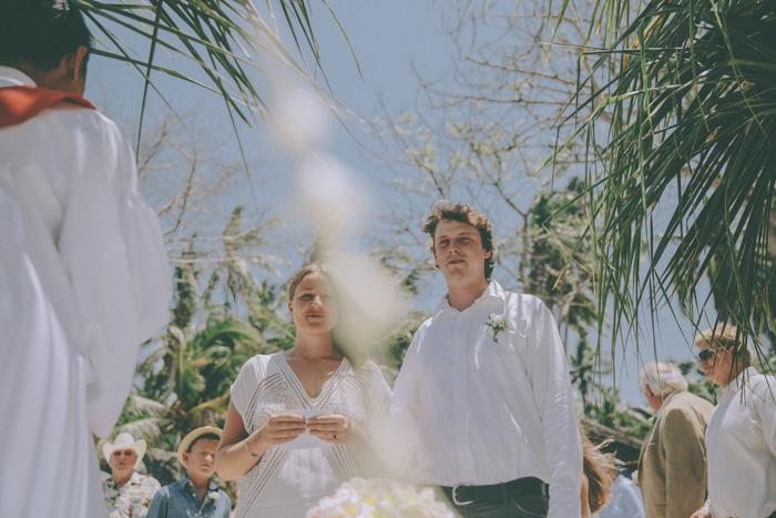 baliweddingphoto – weddingphotographers – destinationweddingbali – whitesandwedding – campuhanvillawedding – bestweddingphotographers (40)