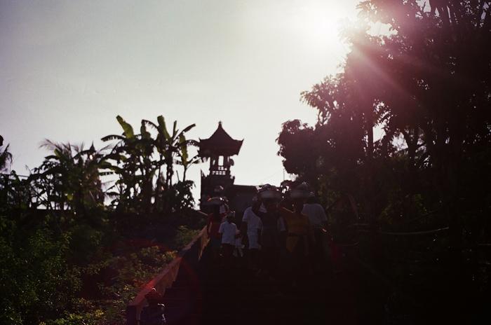 apelphotography-filmphotography-baliweddingphotography-baliwedding-filmweddingpgotography-pandeheryana-nikonF3 -canonEOS500-10