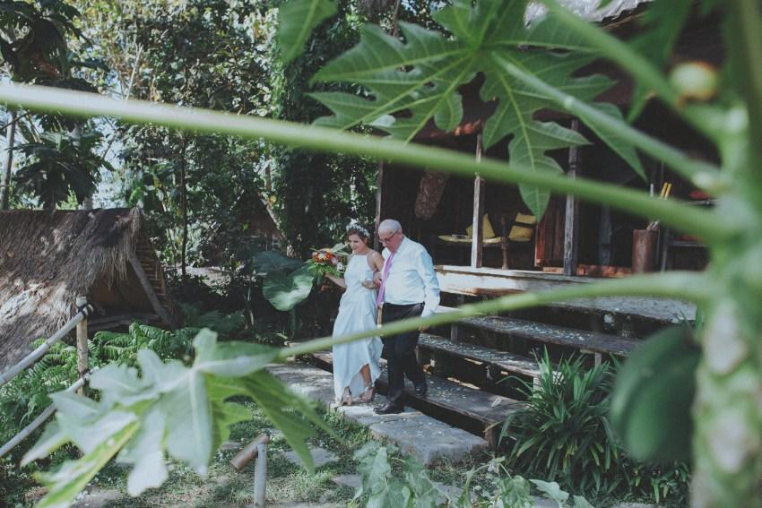 ApelPhotographyh-bambuindahwedding-ubudweddingphotographers-baliweddingphotograhpers-bestphotographersinbali-junebugwedding-lombokphotographers-49